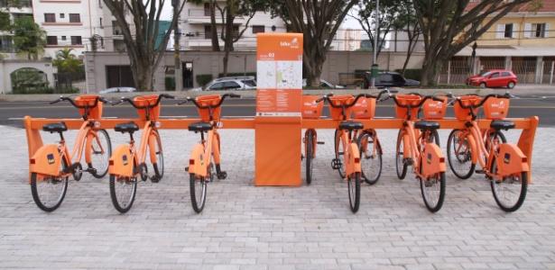 Estação do Bike Sampa na Vila Mariana (zona sul); dez pontos foram fechados no centro