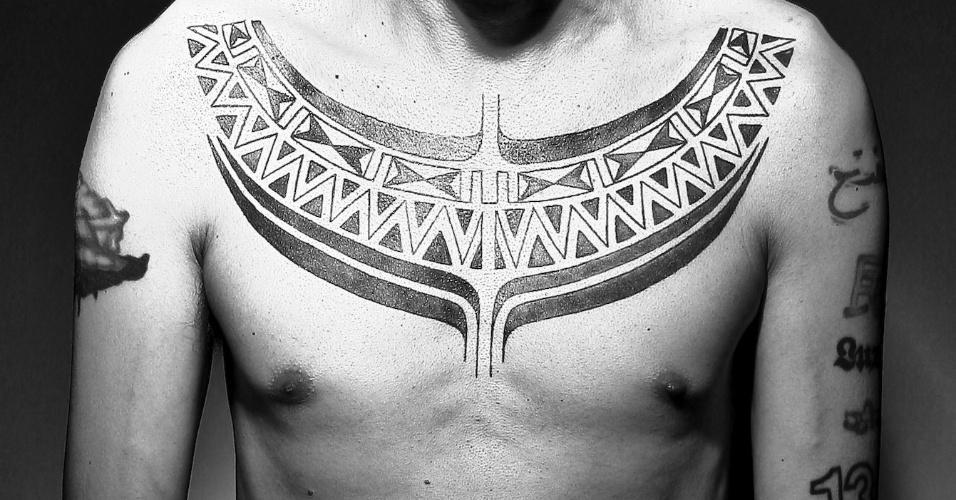 """As imagens buscam evidenciar o papel das """"tattoos"""" como forma de manifestação urbana, cultural, política e social."""
