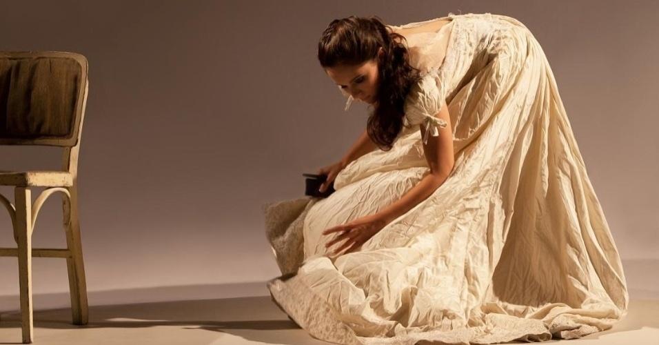 """Cena de """"Depois da última escada"""", que estreia no dia 11 de janeiro no Teatro Candido Mendes, em Ipanema."""