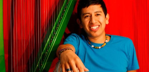 O harpista e compositor colombiano Edmar Castañeda, que se apresenta no segundo final de semana do Circuito OFF de Música em Curitiba