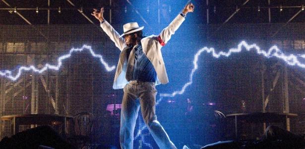 Musical sobre a carreira de Michael Jackson passa por Rio, BH e SP Cena-do-espetaculo-thriller-live-que-faz-turne-pelo-brasil-em-2013-1358538625313_615x300