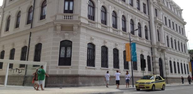 O Palacete Dom João VI, prédio que abriga as exposições do Museu de Arte do Rio (MAR) na Praça Mauá