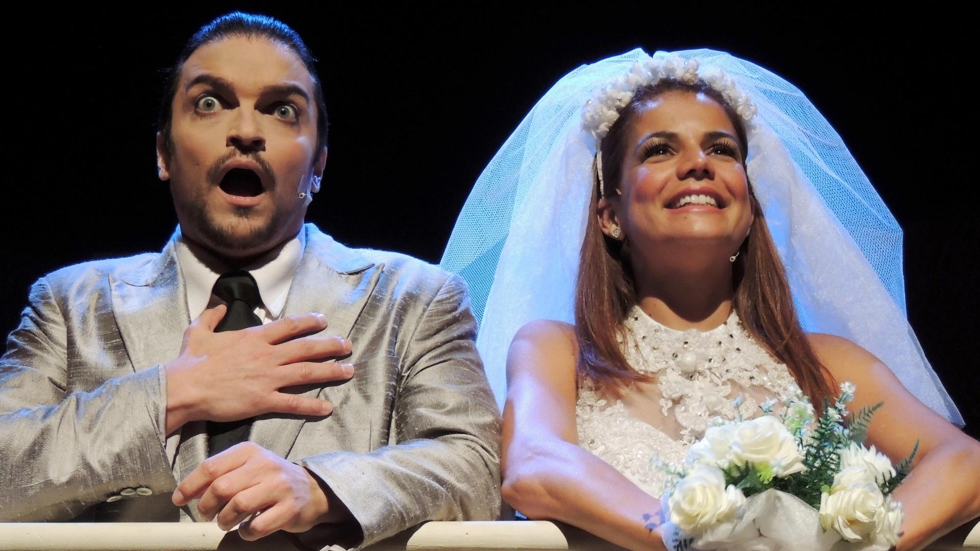Maurício Machado e Nívea Stelmann na comédia