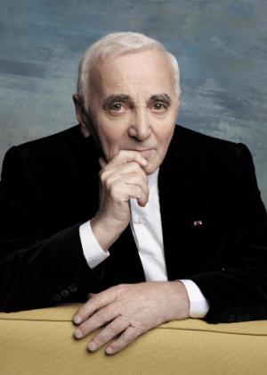 Foto de Charles Aznavour por Karl Lagarfeld
