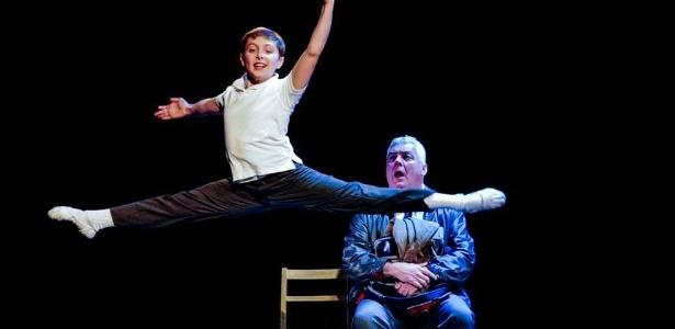 """Cena do musical """"Billy Elliot"""", que chega a São Paulo no dia 2 de agosto"""