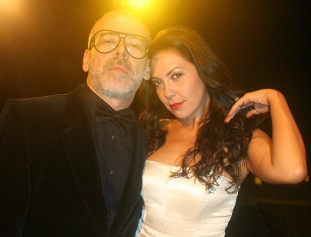João Federici, um dos diretores do festival Mix Brasil, e a atriz Fabíula Nascimento, em noite de abertura do evento em São Paulo (8/11/12) - Divulgação
